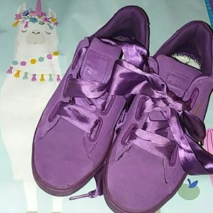 Puma plum purple suede Heart ll sz 7 sneakers